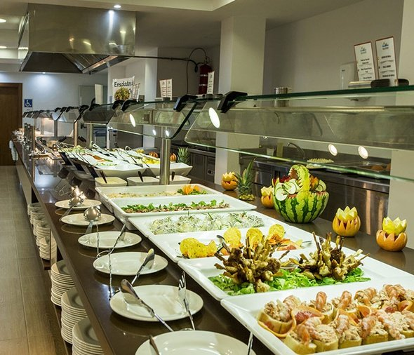 Restaurant buffet hôtel magic rock gardens benidorm